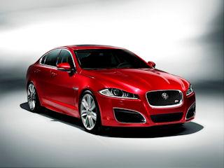 Coraz więcej Jaguarów na polskich drogach