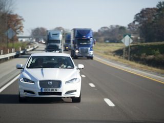 Jaguar XF przejechał 2800 mil w osiem dni