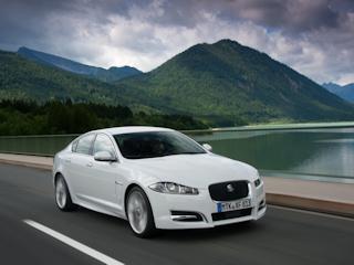 """Jaguar XF z tytułem """"Best Car"""" w Niemczech"""
