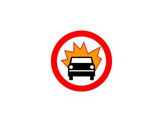 B-13: zakaz wjazdu pojazdów z towarami wybuchowymi lub łatwo zapalnymi