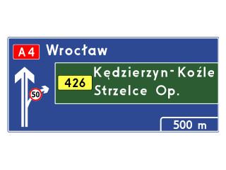E-1a: tablica przeddrogowskazowa na autostradzie